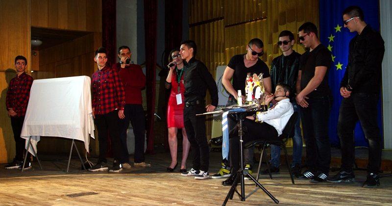 """Отборът на СУ """"Пейо Яворов"""" – Плевен спечели първото издание на """"Младите говорят за…"""""""