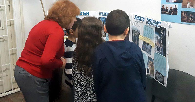 """Изложба по проект """"Ангажирани днес – независими утре"""" подредиха в ЦУТНТ – Плевен"""