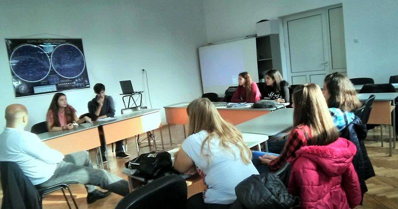 """Ученици от Плевен участваха в инициатива по проект """"Ангажирани днес – независими утре"""""""