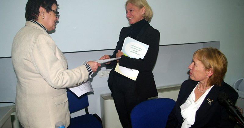"""Дейността на ПИЦ – Плевен бе представена на научно-практическа конференция """"За по-добро здраве на местно ниво"""""""