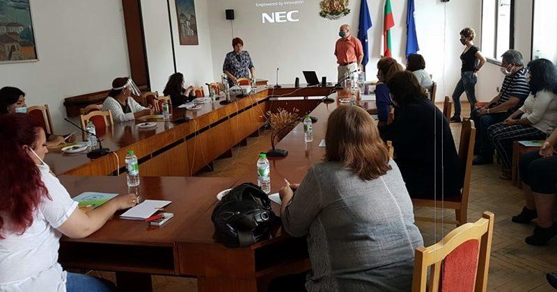 """В Никопол се проведе обучение на тема """"Кризисна интервенция при употреба на психоактивни вещества"""""""
